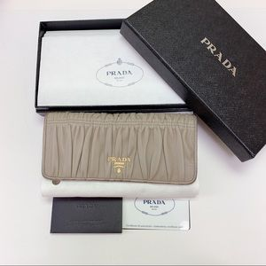 PRADA NAPPA GAUFRE leather wallet